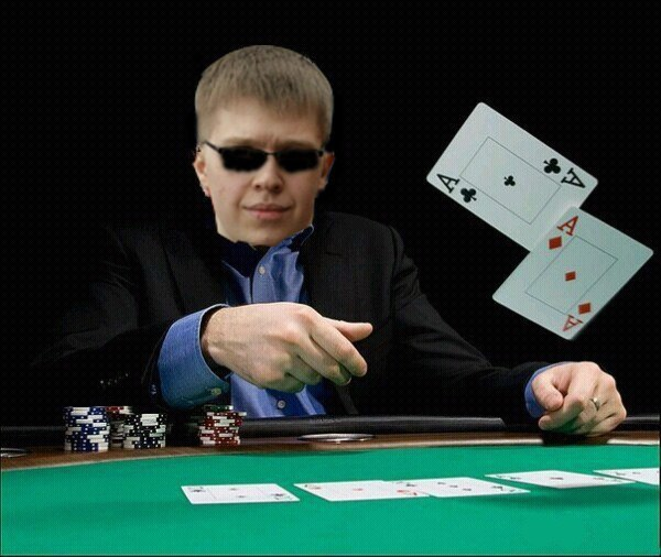 Happy_poker_player
